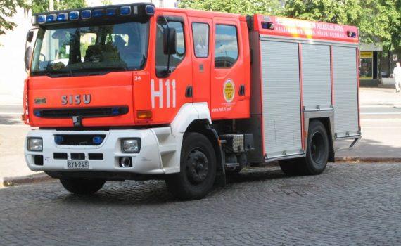 1024px-helsinki_fire_engine_11